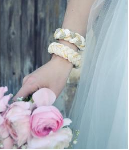 #jewelry #bracelet #gold #moka #white #color #wedding #weddingcollection #MOKA #mariage #PoupéeRousse