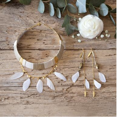 #jewelry #BoPAKWA #necklace #earing @coucled'oreille #collier #madeinfrance #fabricationfrançaise #bracelet #gold #moka #white #color #wedding #weddingcollection #MOKA #mariage #PoupéeRousse