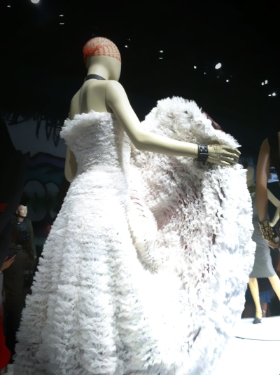 #cancan #glitters #gold #goldie #jpg #jeanpaul gaultier #nanamouskouri #giels #fashion #show #exhibition #paris #france #fashion #design #mode