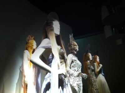 #madone #iconoclaste #glitters #gold #goldie #jpg #jeanpaul gaultier #nanamouskouri #giels #fashion #show #exhibition #paris #france #fashion #design #mode
