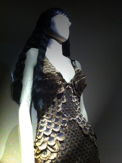 #sirene #mermaid #love #glitters #gold #goldie #jpg #jeanpaul gaultier #nanamouskouri #giels #fashion #show #exhibition #paris #france #fashion #design #mode